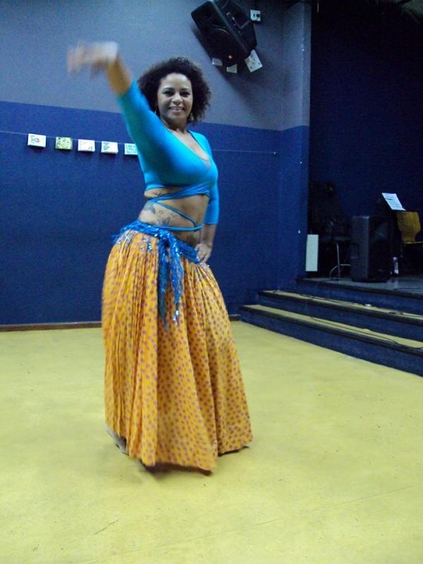 Aprender Dança do Ventre Moderna Pedreira - Dança do Ventre de Vestido