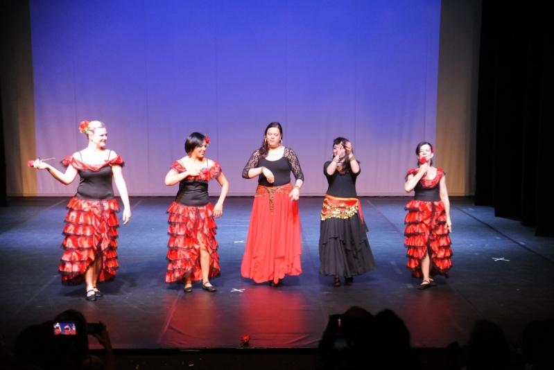Aprender Dança do Ventre Ritualística Parque do Otero - Dança do Ventre de Vestido