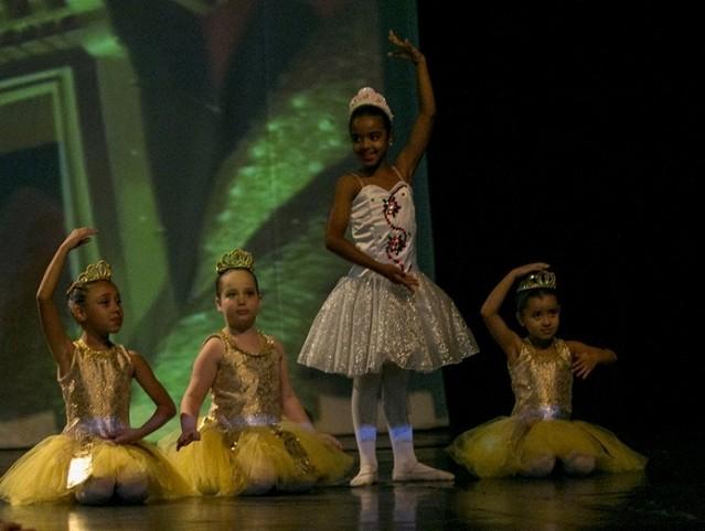 Aula de Ballet Clássico Infantil Parque do Otero - Aula de Ballet Completa