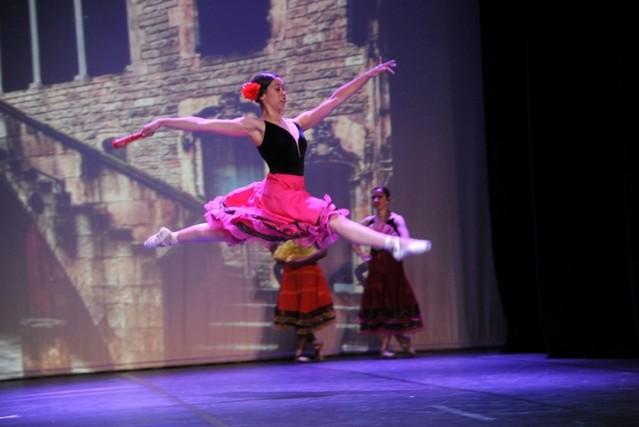 Aula de Ballet Moderno Parque Colonial - Aula de Ballet Básico