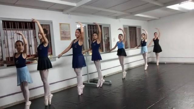 Aula de Ballet Royal Parque Colonial - Aula de Ballet Avançado