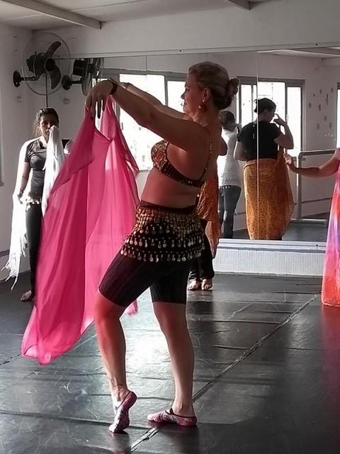 Aula de Dança do Ventre Preço Rio Bonito - Dança do Ventre Clássica
