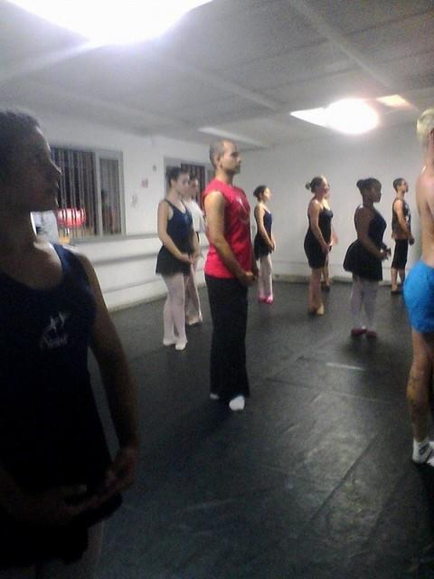 Aulas de Ballet Contemporâneo Jardim Monte Verde - Aula de Ballet Masculino
