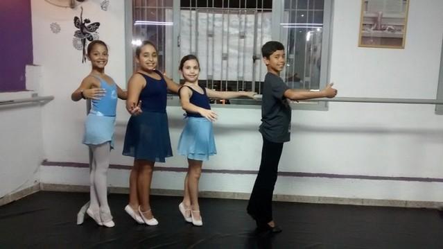 Aulas de Ballet para Iniciantes Vila Alexandria - Aula de Ballet Básico