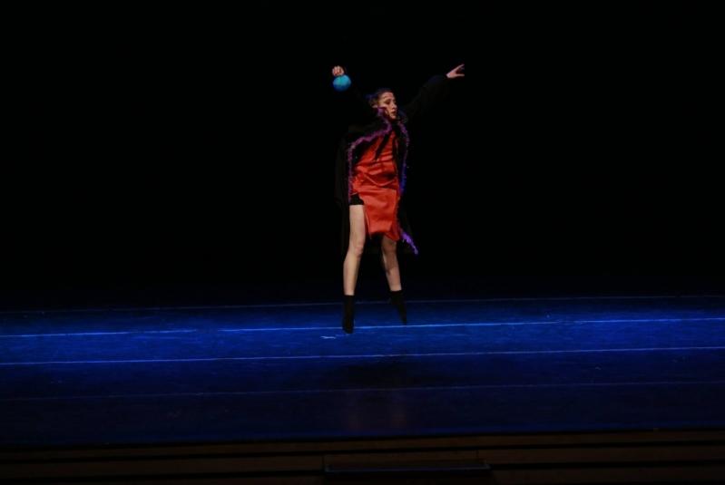 Dança Contemporânea Solo Valores Vila Marcelo - Dança Contemporânea Escola