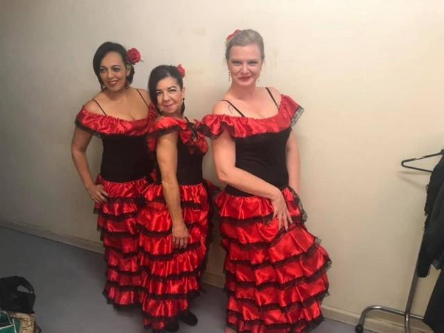 Dança do Ventre de Vestido Grajau - Dança do Ventre Iniciante