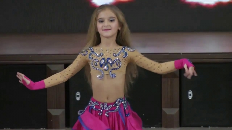 Dança do Ventre Infantil Aulas Jardim Europa - Dança do Ventre de Vestido