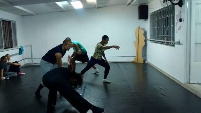 Danças Contemporâneasaula Vila Morumbi - Dança Contemporânea Iniciante