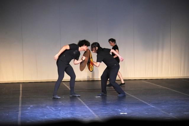 Danças Contemporâneasescola Campo Grande - Dança Contemporânea Dupla