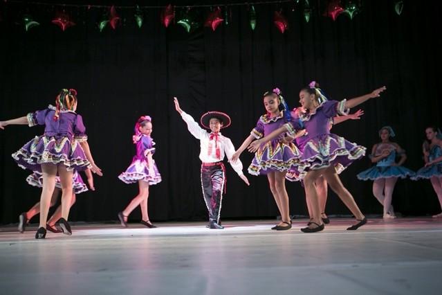 Escola de Ballet Infantil Preço Pedreira - Aula de Ballet Infantil Avançado