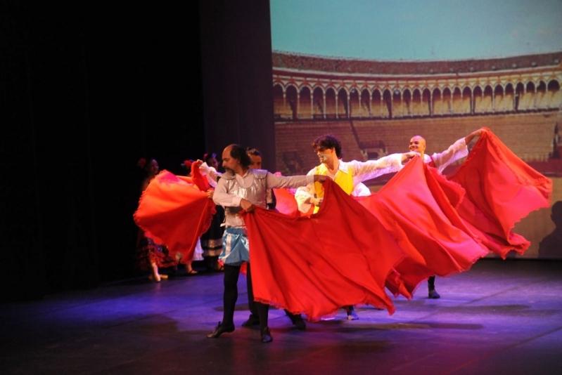 Escola de Dança Contemporânea Homens Nova Piraju - Dança Contemporânea de Casal