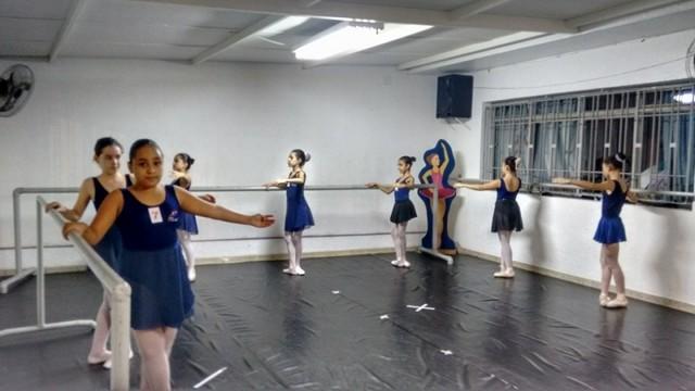 Onde Encontro Aula de Ballet Básico Parelheiros - Aula de Ballet Masculino