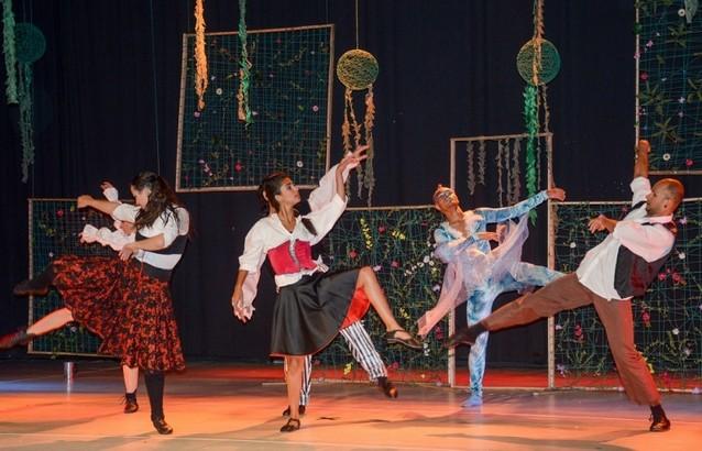 Onde Tem Dança Contemporânea Iniciante Jardim Morumbi - Dança Contemporânea Homens
