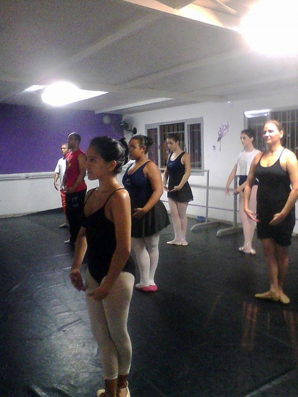 Preço da Aula de Ballet Adulto Iniciante Jardim Orly - Aula de Ballet Masculino