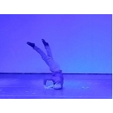 dança contemporânea masculina Vila Clementina